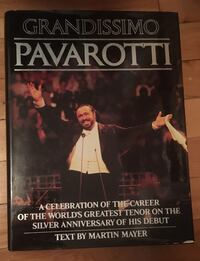 Pavarotti Opera collection book Montréal, H2L 3Y8