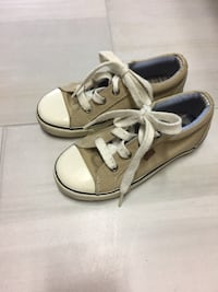 Toddler boys size 11 Tommy Hilfiger shoes Columbia, 62236