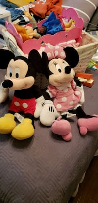 Mickey and minnie plush stuffed toy Kerrville, 78028