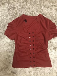 Burgundy beautiful blouse with rushes sleeves. Vaughan, L4J 0E5