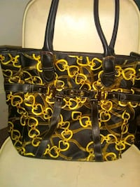 Purse St. Catharines, L2M 7T9