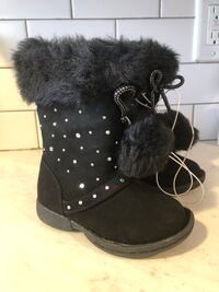 Size 6 Toddler Black studded furry boots Woodbridge Township