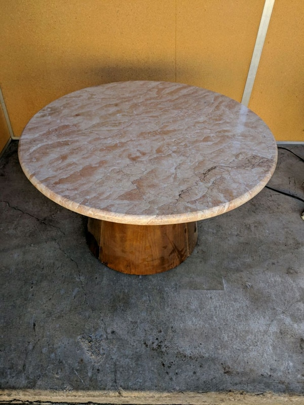 Round Table Los Altos.Round Granite Table On Wooden Stand