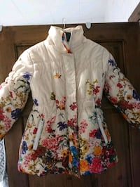white and pink floral button-up long sleeve shirt 5766 km