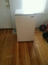 HAIER refrigerator  freezer ... running ... Youngstown, 44512