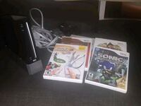 Wii with 6 games  Brampton, L6V 3M2