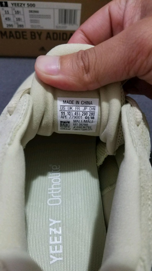 e63059a51 Yeezy 500 Supermoon Yellow usado en venta en New York - letgo