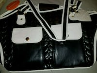 Brand new dog carrier Bergenfield, 07621
