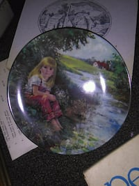 round brown and green ceramic decorative plate 3810 km