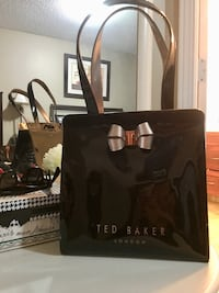 TED BAKER  LONDON brand new just bought it last August 2018 Calgary, T2Y 4H5