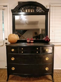 Solid wood black dresser with big mirror and big d Annandale, 22003