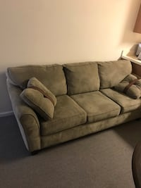 Microfiber couch, minimal use and great condition, two pillows Bethlehem, 18018