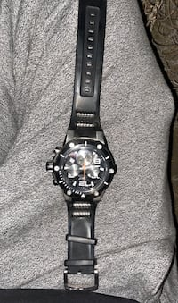 Tritnite watch (black and silver.)