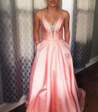 Women's pink long prom dress Halifax, B3R 1W2