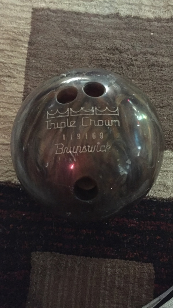 New Brunswick Bowling >> Brunswick Bowling Ball