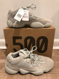pair of white Nike Air Huarache shoes with box Tallahassee, 32301