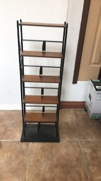 black and brown wooden rack Menifee, 92585