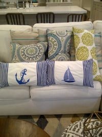 Throw pillows-8 in total HOUSTON