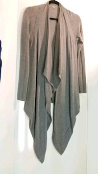 gray and black long-sleeved cardigan Port Moody