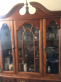 Large wooden hutch Wesley Chapel, 33543
