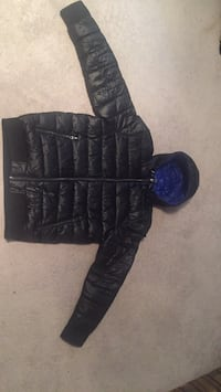 Guess bubble jacket blue interior