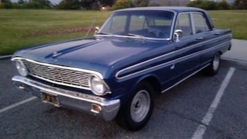 classic car 1964 Ford Falcon