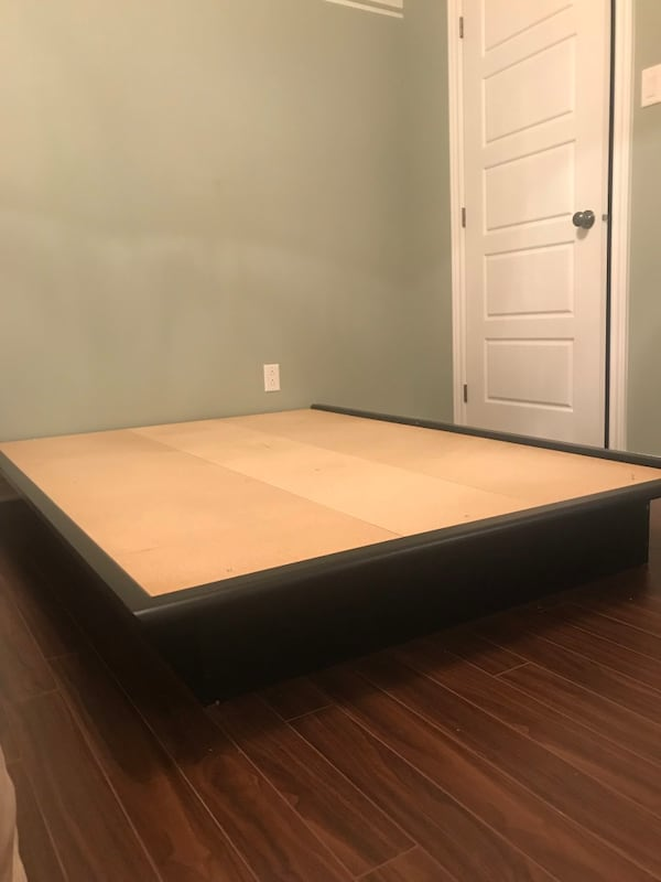 Platform bed and board 678a622c-9a09-4b6f-9691-3dfadaabb684