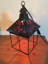Stained glass and metal hanging lamp plug in London, N6B
