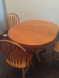 table and 3 chairs  Innisfil, L9S