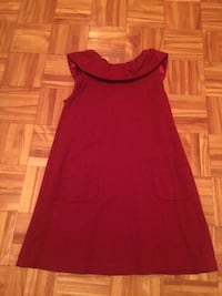 Size 8 girls red longer shirt/tunic. Pu in Dieppe. Dieppe, E1A 6V5