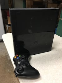 black Xbox 360 console with controller Gaithersburg, 20878