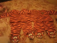 Tiger 2 pc outfit 1, 3-6 mths & 1, 6-9 mths 67 mi