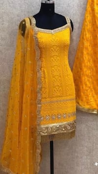 Indian Outfit Brand new size M/L Brampton, L6Y 4X5