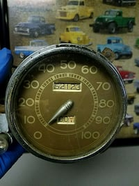 1939 Ford Coupe speedometer Akron, 44301