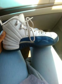 unpaired blue and white Air Jordan 12 shoe Sacramento, 95823