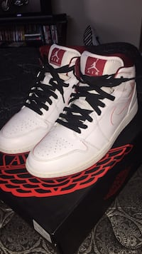 pair of white-and-red Air Jordan 1 Boise, 83709