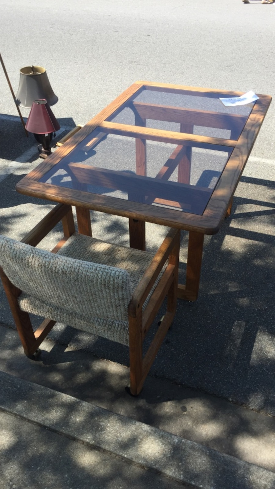 letgo dining room table w 4 rolling chairs in conway sc