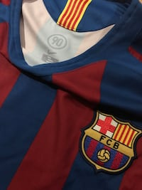 Barcelona Jersey L (No ball included)