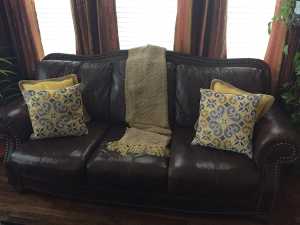 Used Top Grain Leather Sofa Set For Sale In Coppell Letgo