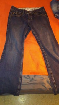 blue-washed denim jeans La Crosse, 54603