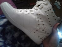 White leather wedge shoes size 10 womens Fairfax Station, 22039
