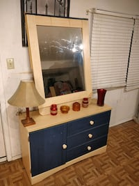 Nice ASHLEY FURNITURE dresser with big mirror and drawers in good cond West Springfield, 22152