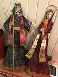 Villory and Boch Mary and Joseph decorative standing sculptures Tyler