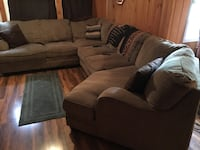 Large sectional  Louisville, 40218
