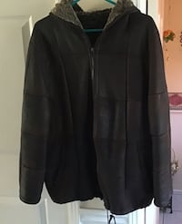 Women brown leather used zip-up hoodie ,very good condition size L Hamilton, L8W 3H2