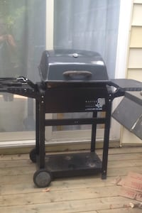 Black and grey electric grill Welland, L3B 3L9