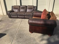 Couch love dear electric recliner Kissimmee, 34741