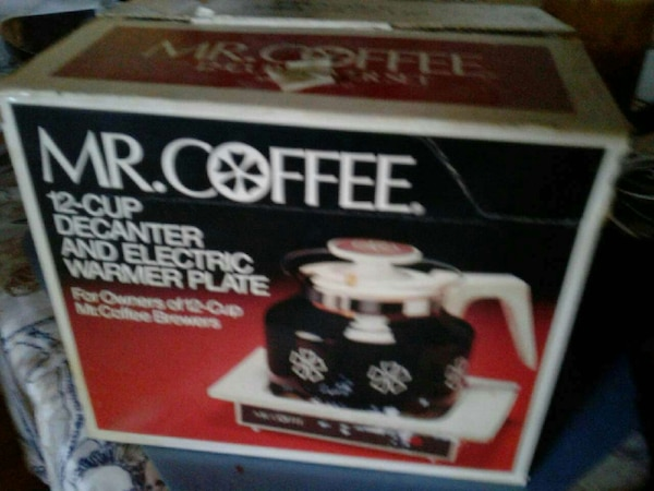 12 cup coffee pot and warming plate and  extra