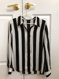 Women's buttoned striped blouse
