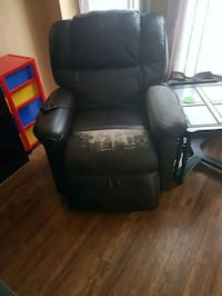 black leather motorized recliner chair